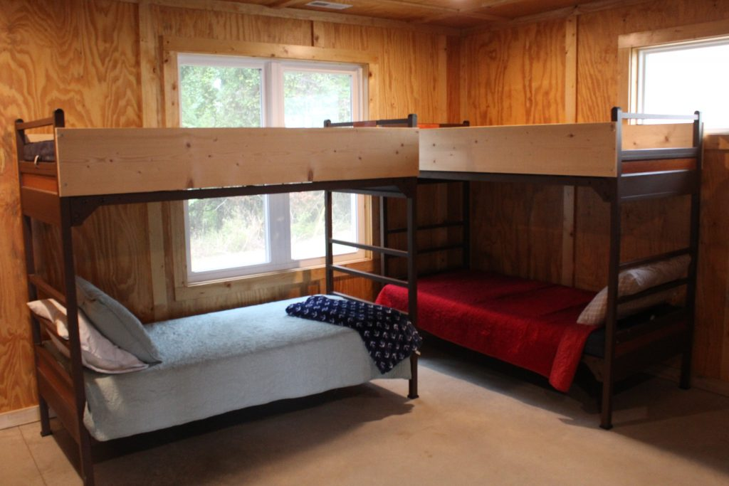 Room style in Perry, Cabin 5 and 6